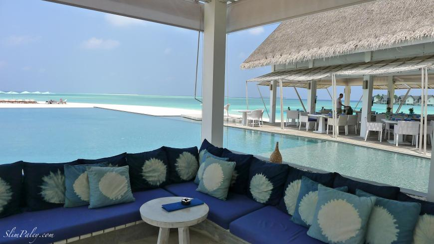tropical bar, Maldives