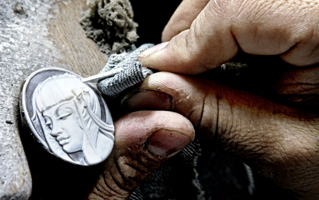 carving cameos