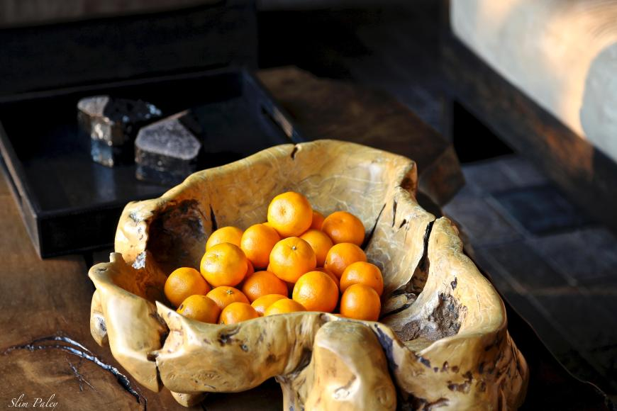 oranges in wooden bowl slimpaley.com
