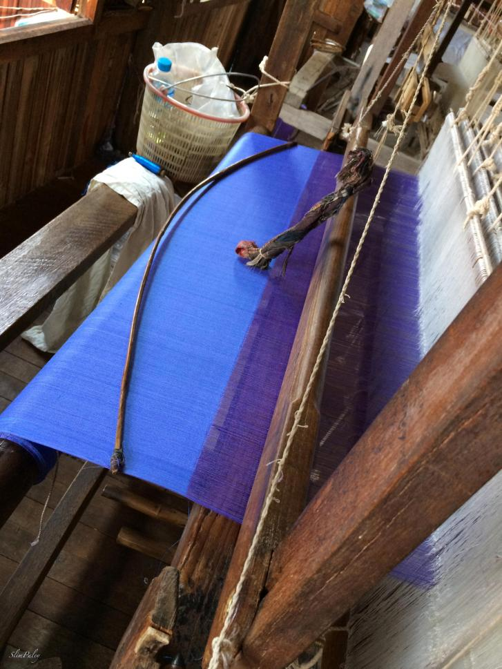weaving loom in Burma slimpaley.com